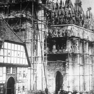 Bau der neuen Kirche um 1896