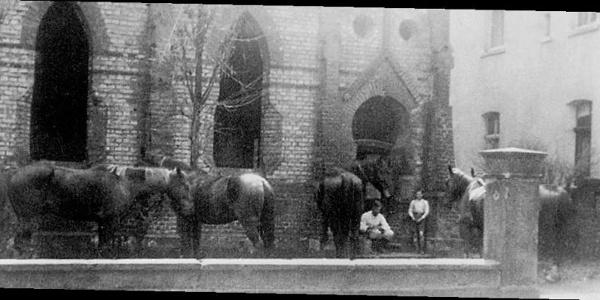 Zerstörtes Synagogengebäude, 1941