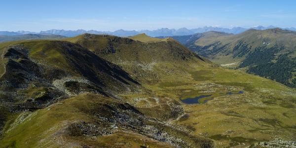 Blick zu den Rosanin-Seen in den Kärntner Nockbergen