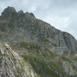 Blick von Süden auf die Capanna Cristallina