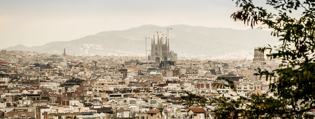 Blick auf die Sagrada Familia in Barcelona