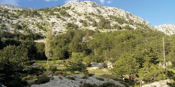 Dolac Ljuvač s planinarskim domom