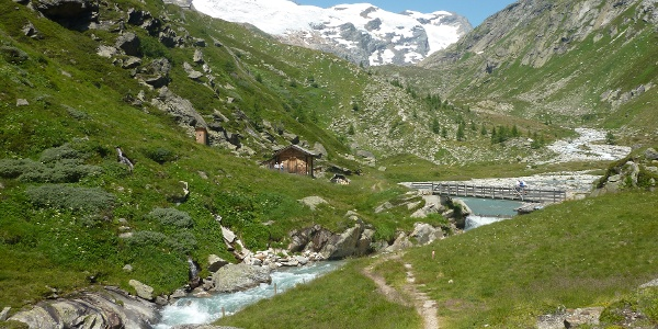 Anstieg Essener Rostocker Hütte