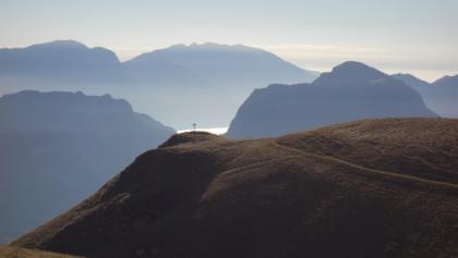 Ausblick von der Malga Valandro Richtung Gardasee