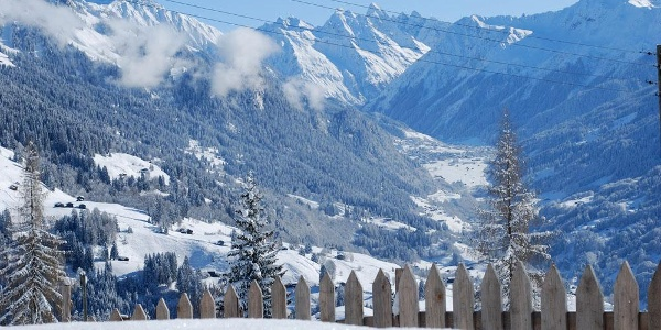 Ausblick vom Chrüzhof - Richtung Klosters