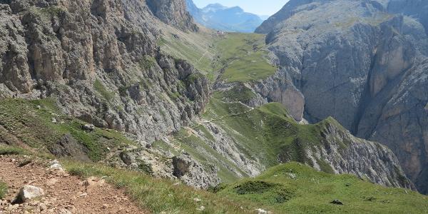 Auf dem Höhenweg zur Tierser Alpe