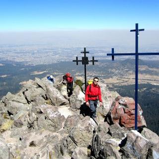 Am Grat des Pico del Aquila 3900m