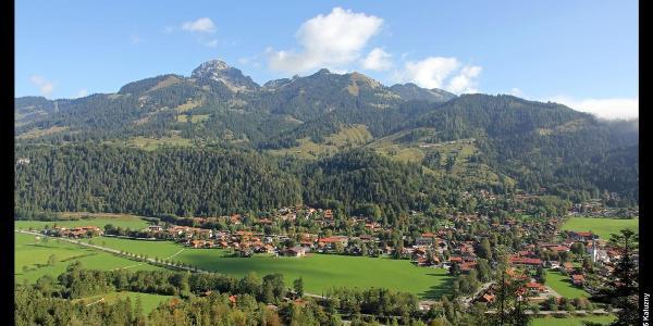 Leitzachtal mit Wendelstein und Bayrischzell vom Aufstieg zum Seebergkopf