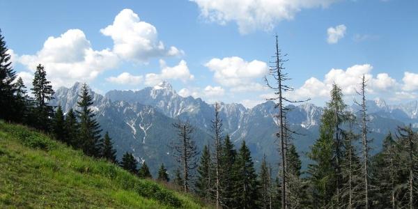 Die Bergkulisse der Julischen Alpen