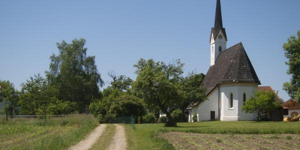 Die kleine gotische Kirche in Guntersberg