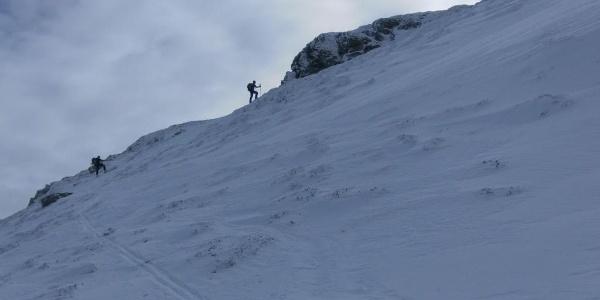 Anstieg zum Gipfelfels