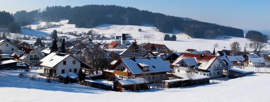Blick über Hopferbach im Winter