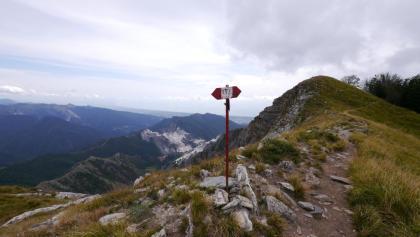 Nach dem Gipfel, Abzweigung in den Weg Nr. 172