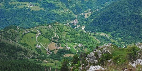 Typische Weiler-Landschaft im oberen Valle Maira (Marmora-Tal)