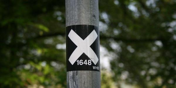 Wegmarkierung des X 1648