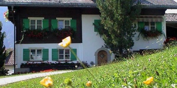 Haus_Hahnenfuss