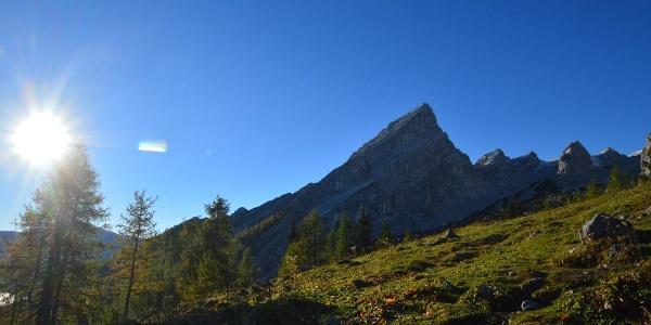 Der Nationalpark Berchtesgaden im Herbstlicht - Schattenspiele beim Aufstieg auf das Watzmannhaus