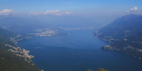 Blick vom Gipfel Richtung Ascona/Locarno