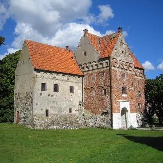 Borgeby slott strax innan kyrkan