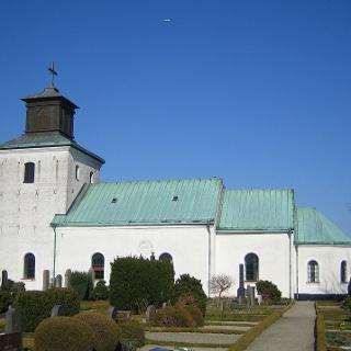 Löödeköpinge kyrka