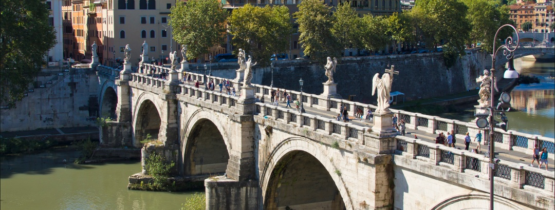Die Engelsbrücke in Rom