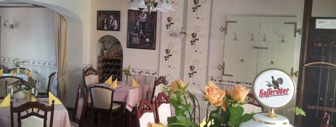 Blick vom Tresen im Café Charleston