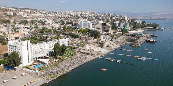 Die Stadt Tiberias am See Genezareth