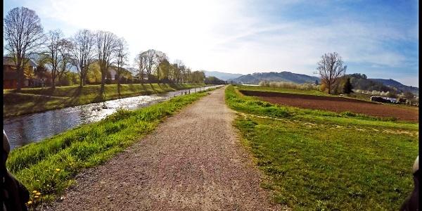 Oberkirch Radweg entlang der Kinzig