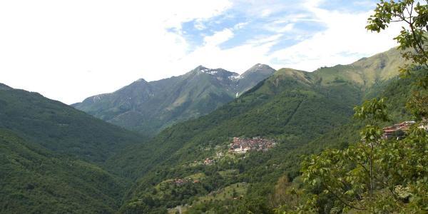 Ausblick auf die Berge Richtung Livo