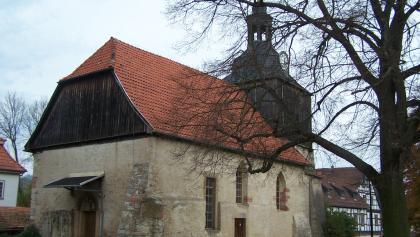 Rückseite der Dorfkirche Oberellen
