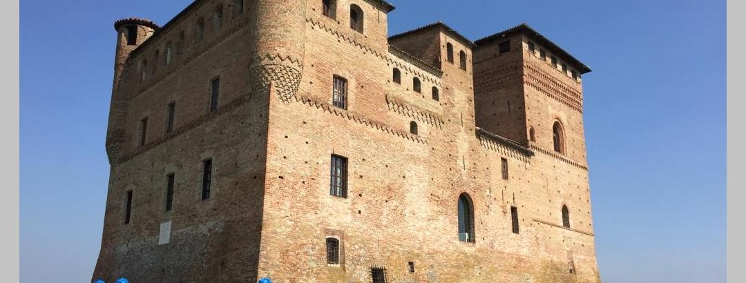 Die Burg von Grinzane Cavour