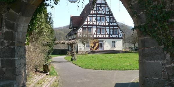 Das Rathaus von Gieselwerder.