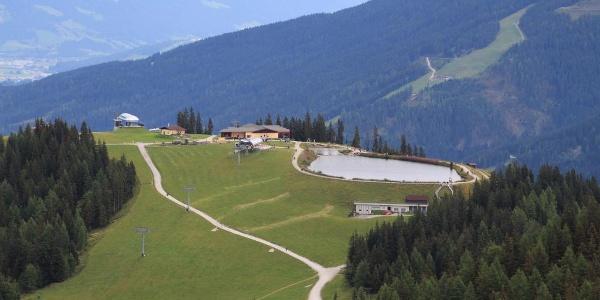 Blick vom Gipfel zur Grafenbergbahn