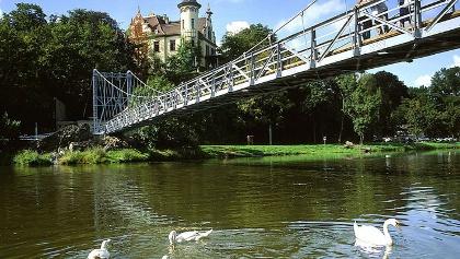 Hängebrücke von Schloss Gattersburg.