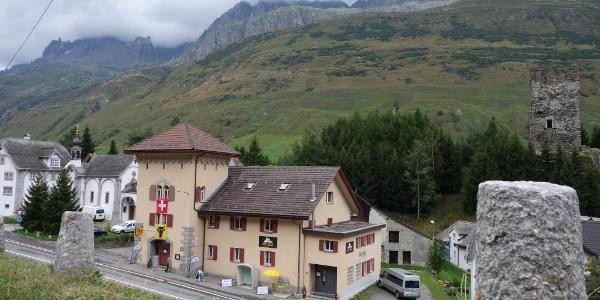 Die Sust Lodge am Gotthard