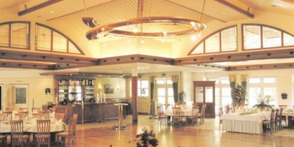 Saal-Theke im Hotel-Landrestaurant Schnittker