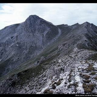 Monte Camicia vom Monte Tremoggia