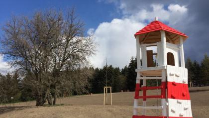 Kletterturm auf dem Spielplatz
