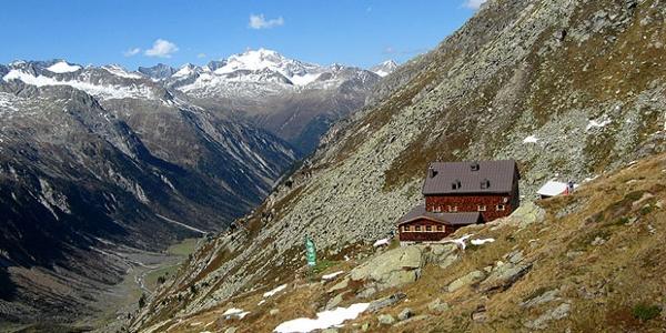 Warnsdorfer Hütte -  (2.324 m) gemütliche Einkehrmöglichkeit