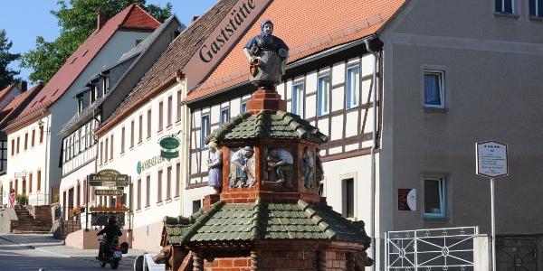 Töpferbrunnen Kohren-Sahlis ©W. Siesing