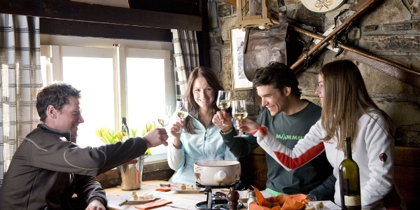 Enjoying gastronomic treats in the numerous mountain restaurants in Findeln