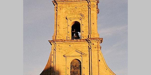 Glockenturm der Pfarrkirche