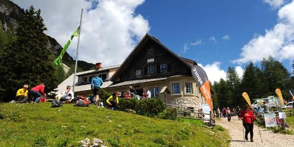Klagenfurter Hütte beim Almkirchtag