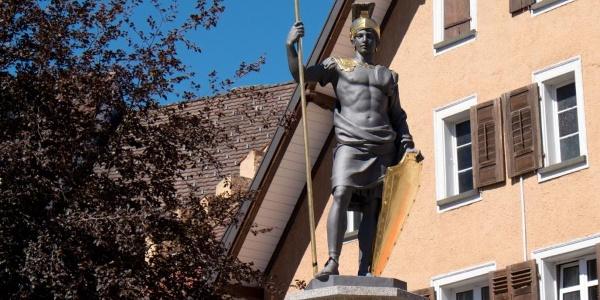 Brunnenfigur des Heiligen Demetrius, des Stadtpatrons von Löffingen