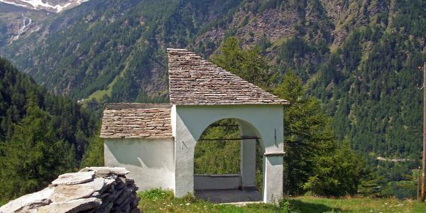Kapelle bei Feeberg (im Abstieg nach Gabi)