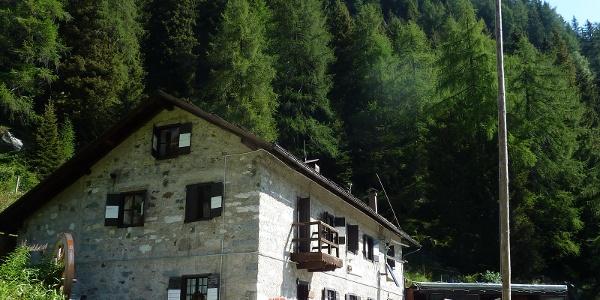 Trekking al Rifugio Trivena