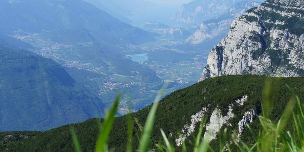 La valle dei Laghi e il Garda dalla Paganella