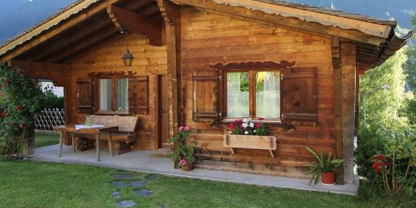 Hüsli Alpenrose, Sommer