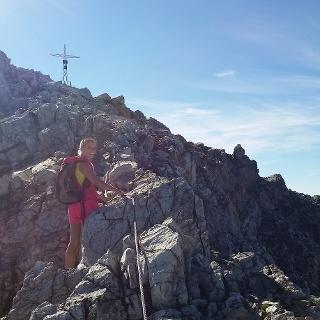 Übergang zum Gipfelkreuz
