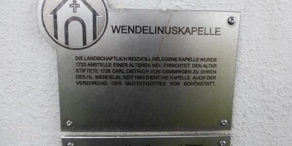 Beschreibung an der Kapelle.